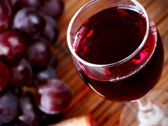 Μεσογειακή διατροφή και Όραση-Κόκκινο κρασί
