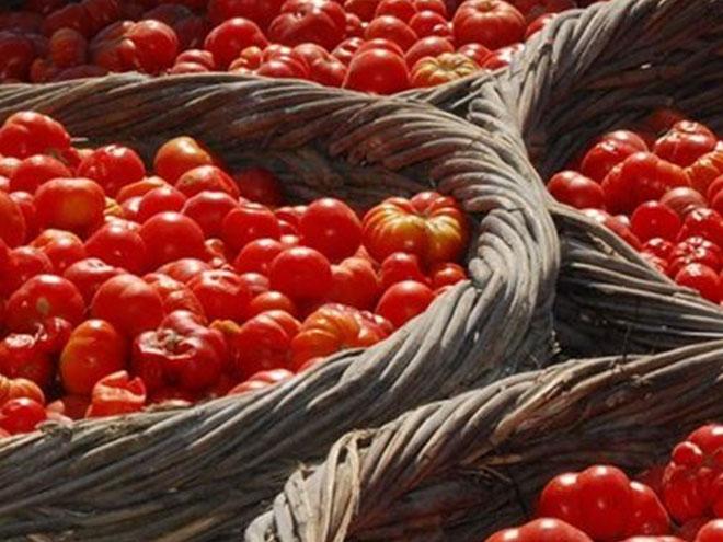 Μεσογειακή διατροφή και Όραση-Ντοματάκι Σαντορίνης